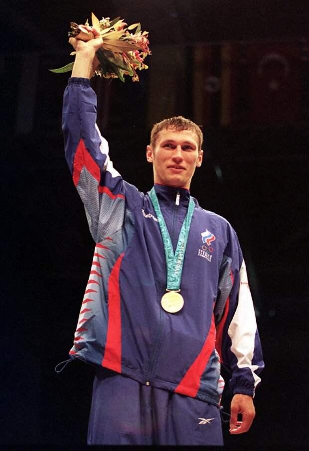 Олимпийский чемпион по боксу Олег Саитов поддержал инициативу Разворотневой