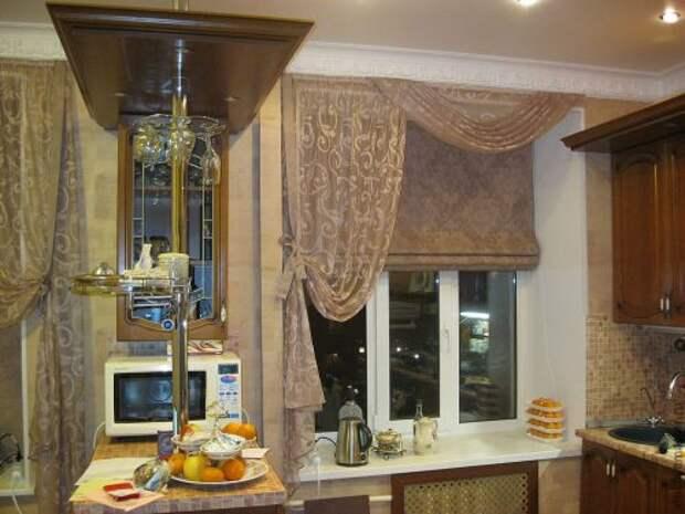 Шторы для кухни: фото римские