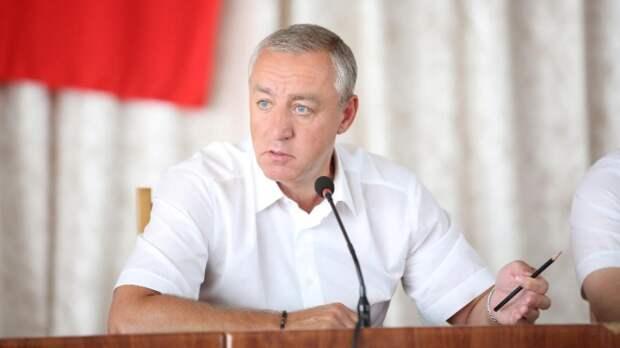 «Нам есть, о чем поговорить»: Экс-мэр Пятигорска требует допросить в суде бывших замов