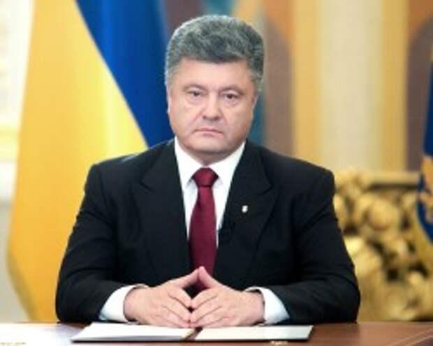 Порошенко поддержал решение Путина об отмене использования войск