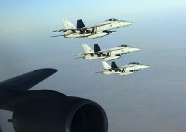 Самолеты ВВС США, участвовашие в нанесении воздушных ударов по позициям Исламского государства в Сирии