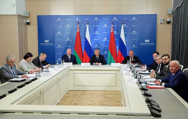 Парламентарии России и Белоруссии обсудили развитие Союзного государства