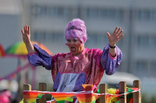 Клоунада и фарс: ТОП-6 самых неординарных политиков мира.