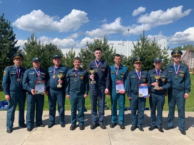 Команда Северо-западного РПСО МЧС России завоевала золото в соревновании по управлению подводными роботами