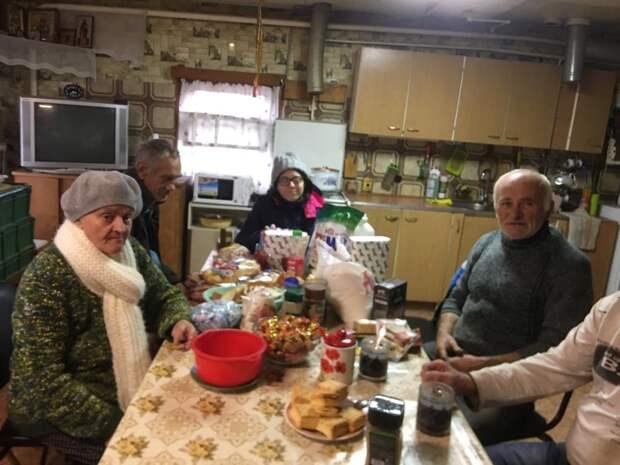Волонтеры из Куркина отправили гуманитарную помощь в кризисный центр