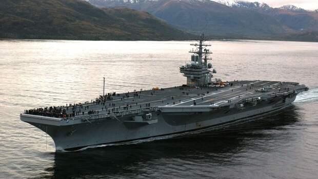 """WSJ узнала о планах США отправить авианосец """"Рональд Рейган"""" на Ближний Восток"""