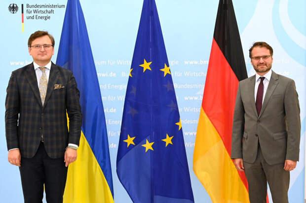 Украинский министр Кулеба приехал в Германию – требует остановить «Северный поток-2»