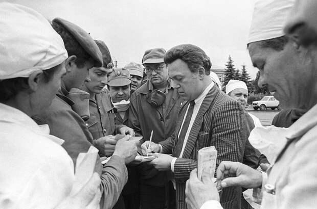 В нашей памяти Иосиф Давыдович останется самым народным артистом. Фото: ИТАР-ТАСС/Архив