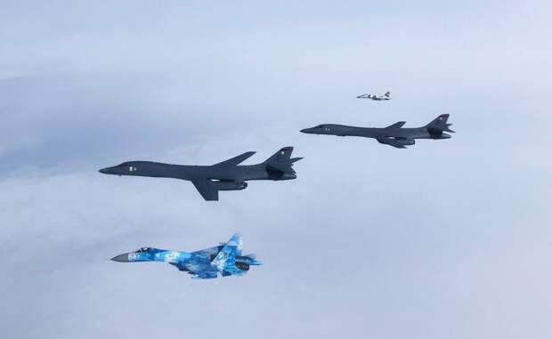 Киев открыл двери в Украину для войск США и НАТО