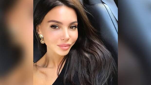 Модель Оксана Самойлова заинтриговала фанатов объявлением о свадьбе с Джиганом
