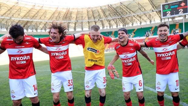 """Футболисты считают, что успехи """"Зенита"""" в РПЛ не должны удивлять"""