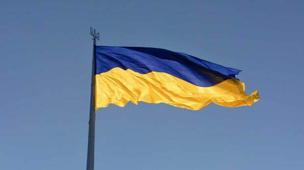 Украину нужно поделить на два округа в составе России - эксперт