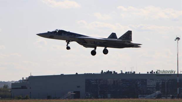Истребители Су-57 будут совершать вылеты с ударными беспилотниками