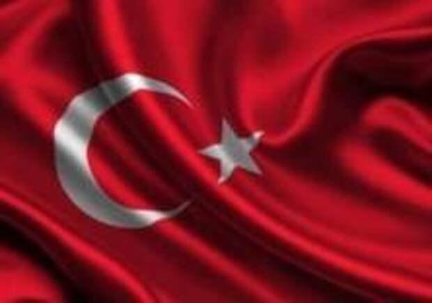 Вертолет потерпел крушение в Стамбуле