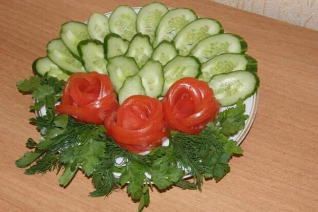 Картинки по запросу нарезка помидоров и огурцов