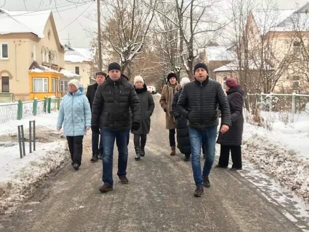 Руководство управы Северного пообщалось с жителями во время субботнего обхода