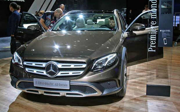 Небывалая «ешка»: в Париж приехал универсал Mercedes-Benz All-Terrain