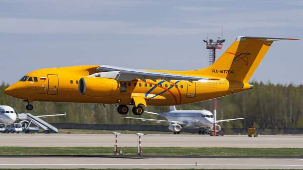 RA-61704 A148(100V) Saratov Airlines DME UUDD (34546882305).jpg
