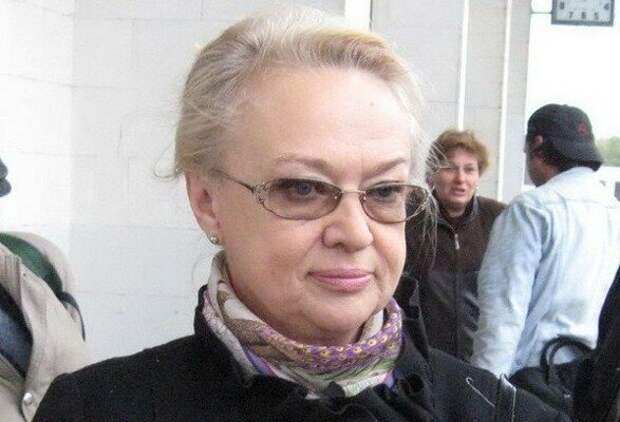 Надежда Константиновна Рокоссовская, младшая дочь дважды Героя Советского Союза К. К. Рокоссовского.