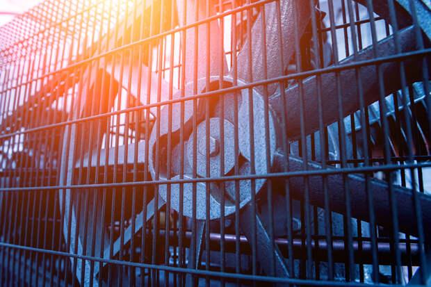 Американец два дня провел внутри гигантского вентилятора и смог выжить