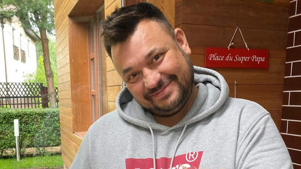 Жуков резко отреагировал на присвоение юным блогером авторства хита «18 мне уже»