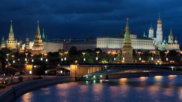 Отвагу учителей казанской школы высоко оценили в Кремле