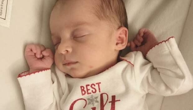 В США появилась на свет «24-летняя девочка». Ее эмбрион был заморожен еще в 1992 году