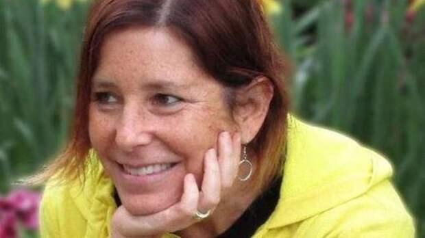 Она умирает от рака, но ищет жену своему мужу