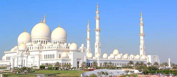 Здесь всегда солнце и самая красивая мечеть...