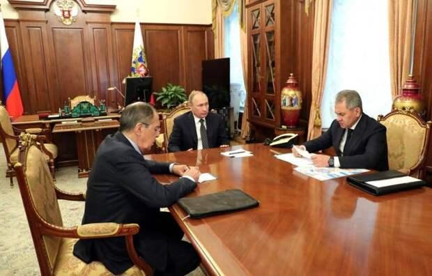 «Дипломатический десант»: Путин направил Шойгу и Лаврова в Турцию для решения ливийского вопроса