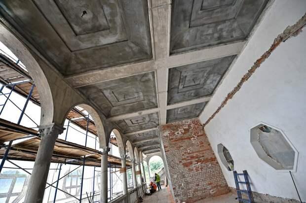 Реставрационные работы на Северном речном вокзале будут возобновлены
