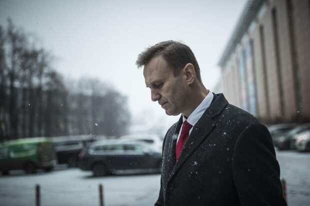 16 миллионов рублей за жизнь Навального – кто платит за лечение блогера в Германии