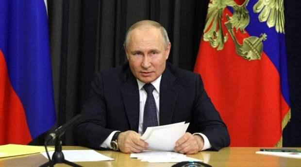 Путин послал Байдену жесткий сигнал об американских кораблях в Черном море