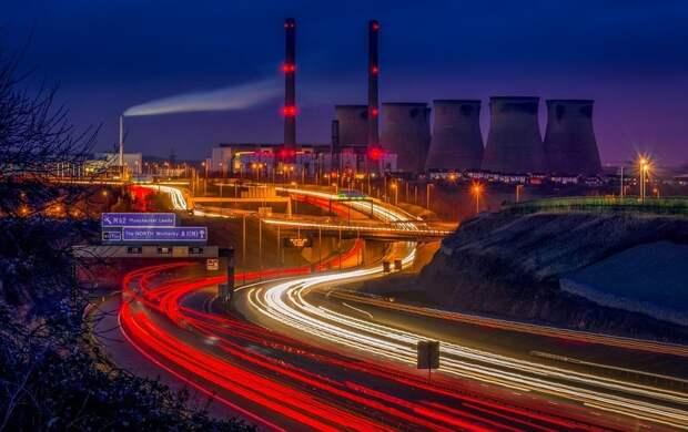 Президент России предложил построить вокруг Петербурга новую кольцевую автодорогу