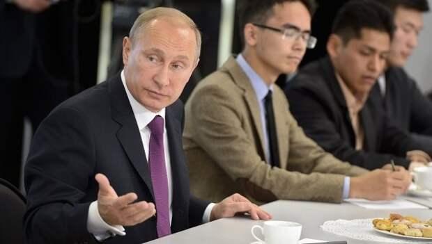 Путин: ущерб от санкционной политики несут те, кто ее проводит