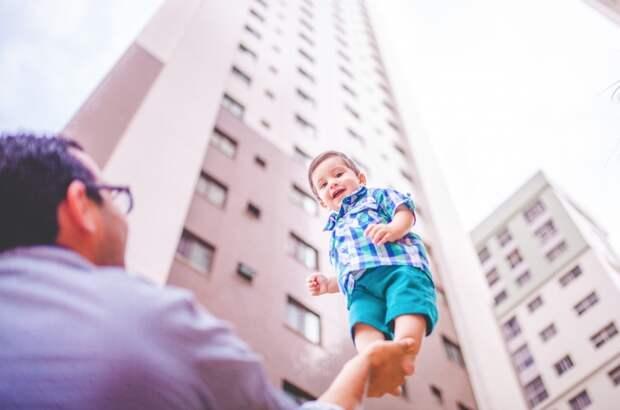 В РФ предложили вслед заматеринским капиталом ввести «отцовский»