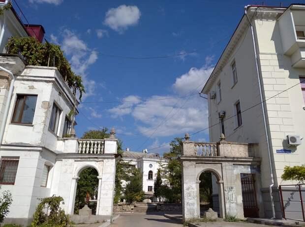 Цены на жилье в Севастополе продолжают расти