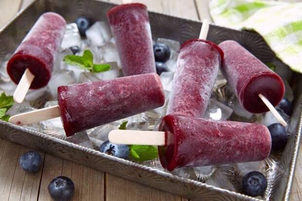 Как правильно приготовить вкусный белый пломбир и освежающий фруктовый лёд?