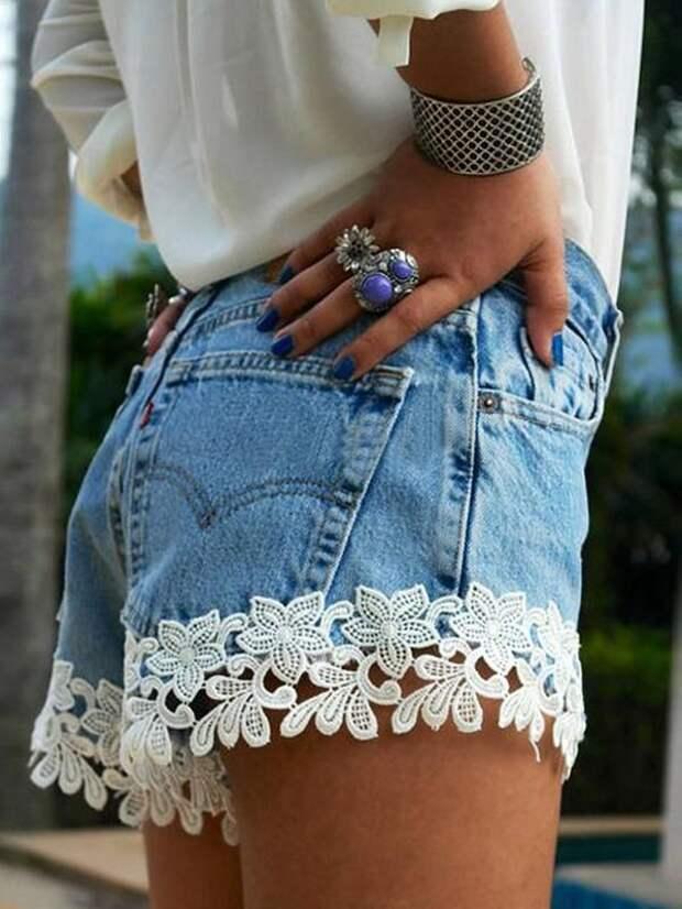 Модные женские джинсовые шорты 2021: тренды