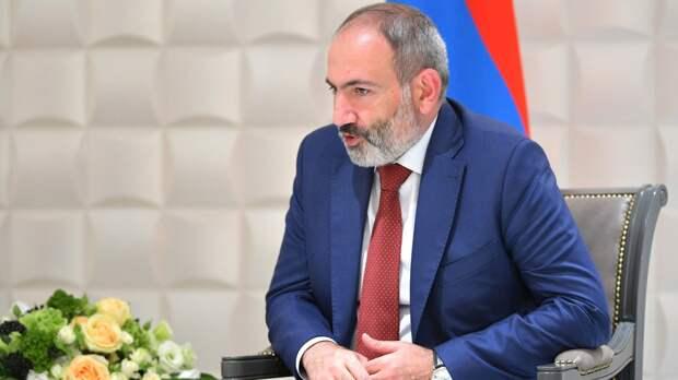 Пашинян потребовал начать консультации с ОДКБ из-за нарушения границы Азербайджаном
