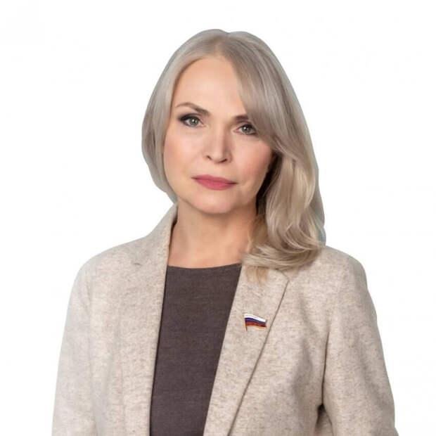 Депутат ГД Белых инициировала сбор подписей за контроль работы асфальтобетонного завода