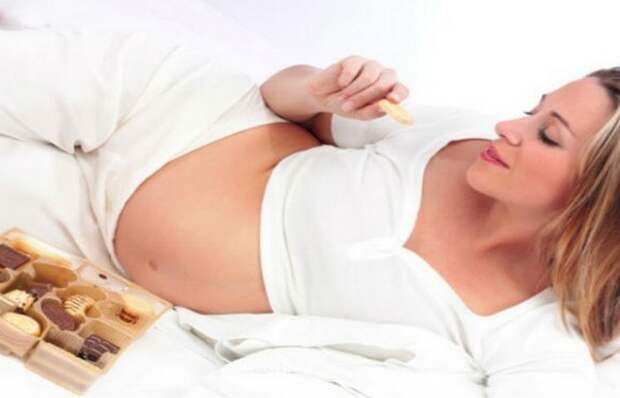 Фаст-фуд: период беременности и кормления грудью.