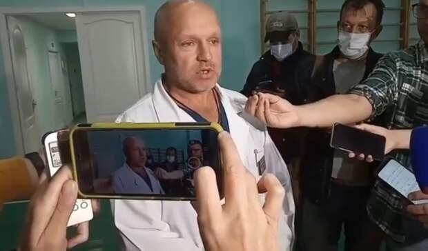 Омский врач, излечивший Навального, устроил мотопробег вчесть победы «Авангарда»