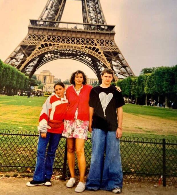 Снимки из семейных фотоальбомов, которые хочется запрятать подальше