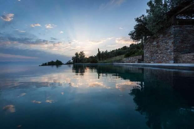 Функциональный жилой комплекс в Греции