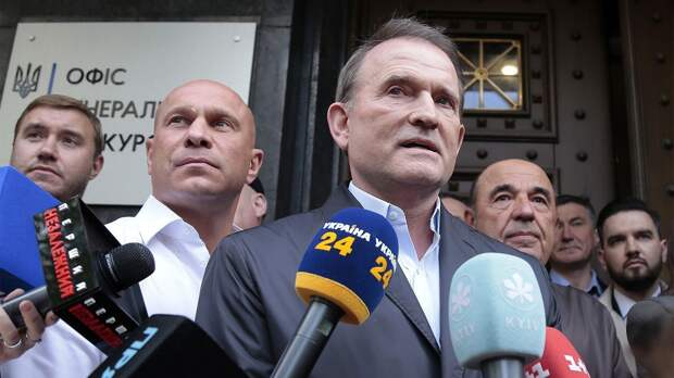 Зеленский против Медведчука, Ахметова и Порошенко: как украинский президент борется с олигархами