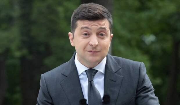 """""""Украина не хочет воевать"""": Зеленский раскритиковал НАТО"""