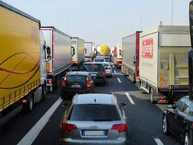 Куда в России делись грузовики: рынок столкнулся с дефицитом