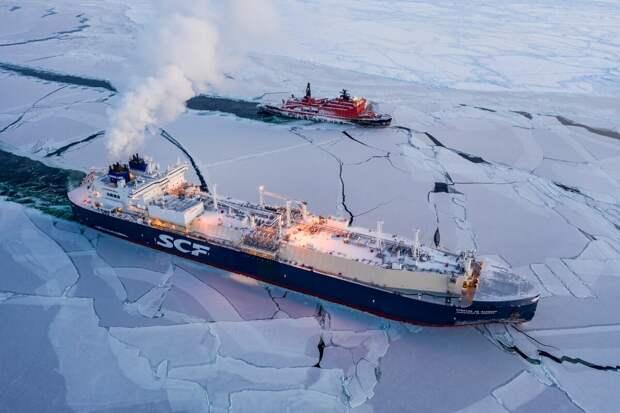 """Как вам такая """"яхта""""? Газовоз """"Кристоф де Маржери"""" Источник flagman-news.ru"""