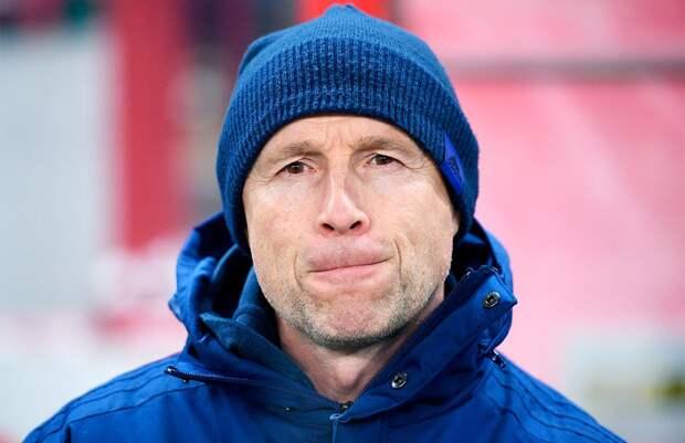 В «Сочи» рассказали, когда ожидать возвращения заболевшего ангиной тренера Федотова